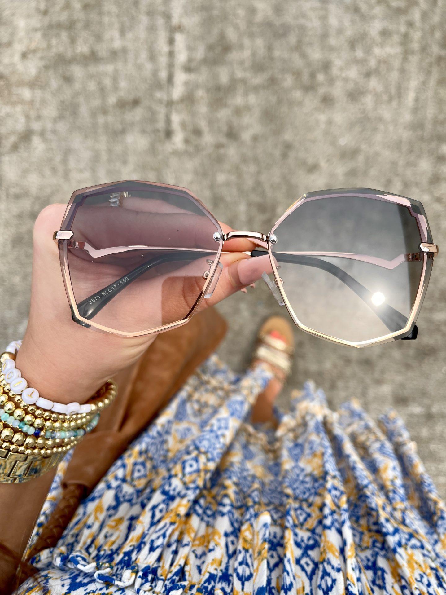 sunglasses-polygon